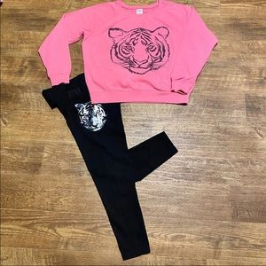 VS PINK LARGE OUTFIT